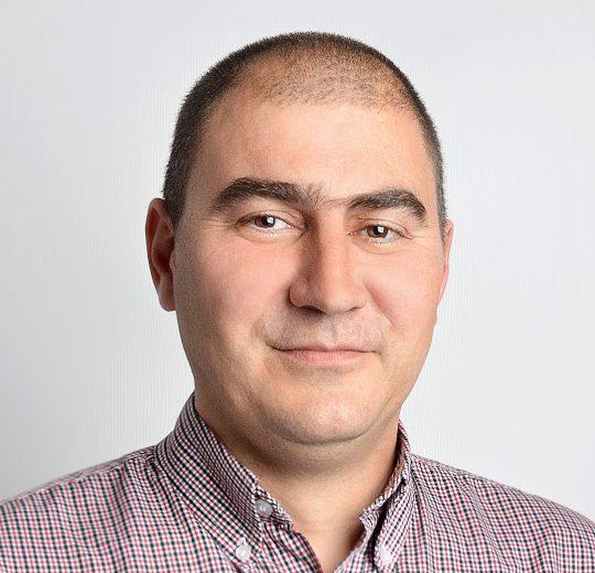 Victor-Daniel CREȚU