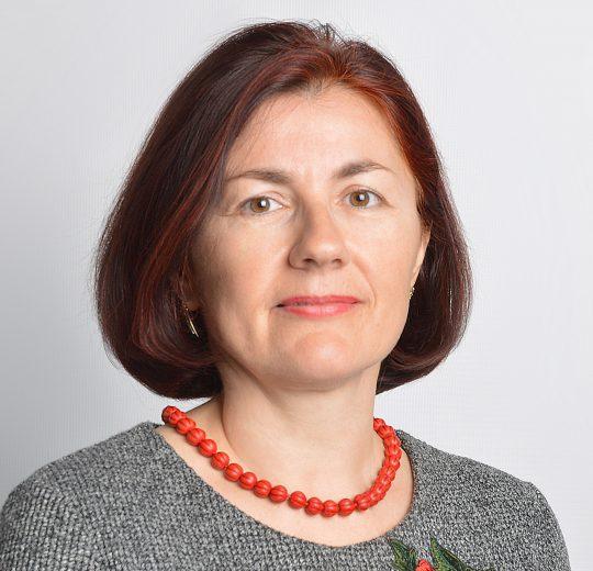 Daniela-Maria CREȚU
