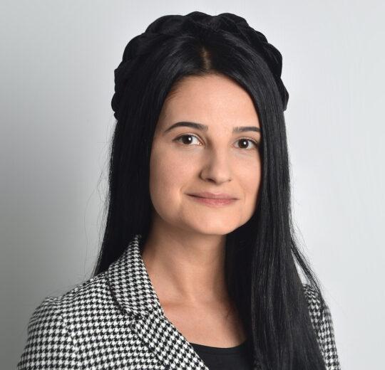 Oana-Elena RĂDĂCINĂ